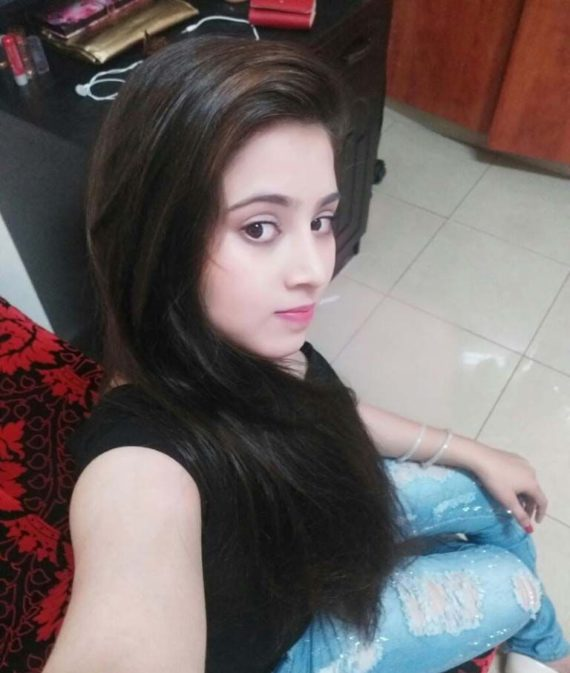 Priya Aerocity Escort Girl